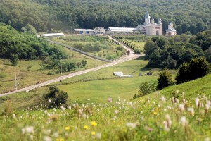 Manastirea Tisa Silvestri - Vedere dinspre sud-vest
